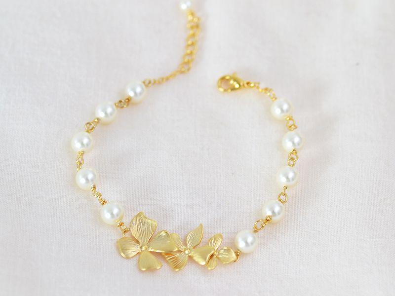 Bracelet mariage Juliette cream, Orchidée  Atelier Sarah Aime