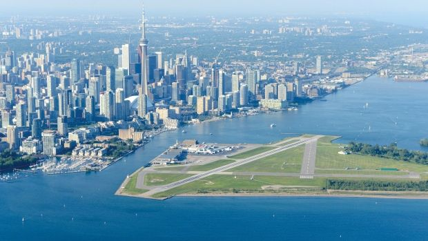 Travellers have voted Billy Bishop Toronto City Airport as having one of the top ten most scenic approaches in the world. (PortsToronto)