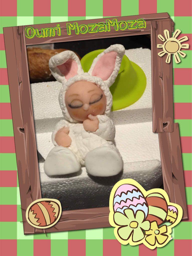 Petit lapin de Pâques en cours de modelage (entièrement fait à la main en pate à sucre) (Pâques 2016)