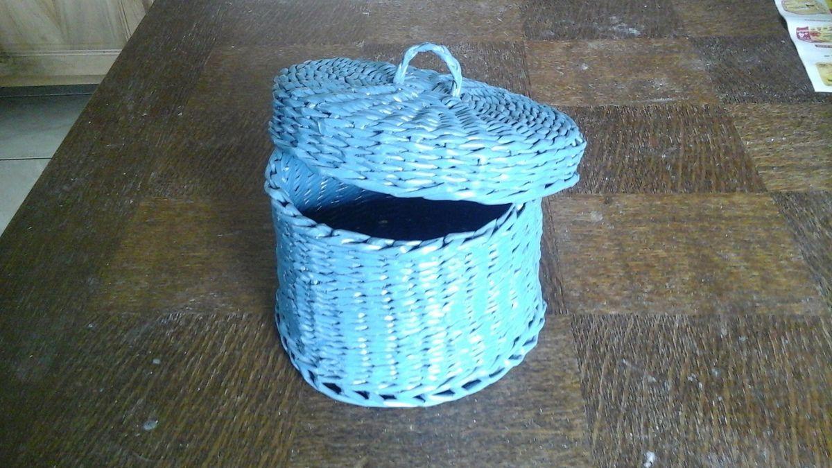 Une boîte ronde avec couvercle