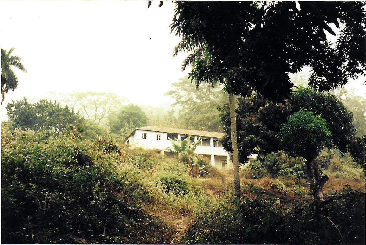 Vue de l'hôpital transformé en hotel (1995)