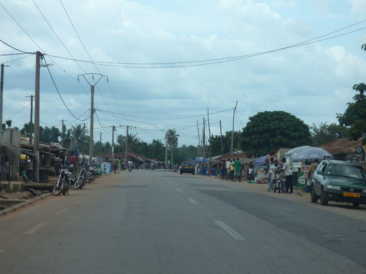 Sur la route vers Atakpamé (2015)