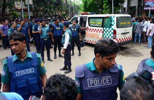 Le Bengladesh visé par des terroristes