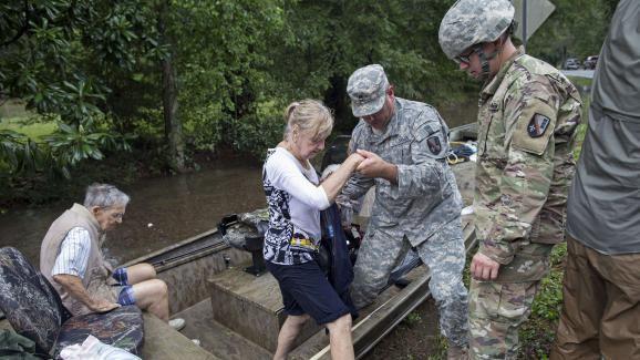 Un sauvetage en Louisiane, comme il y en a eu beaucop depuis le début des inondations