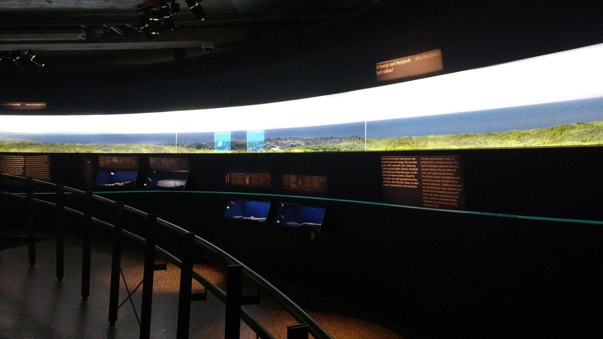 Le musée de la colonisation : les tables et murs interactifs étaient excellent, Kristel si tu passes dans le coin à voir ! et la plus belle photo de Thorvald Aigle Kristmundsson