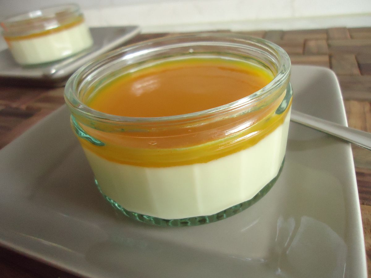 panna cotta all g e coulis de mangue les recettes lights au thermomix. Black Bedroom Furniture Sets. Home Design Ideas