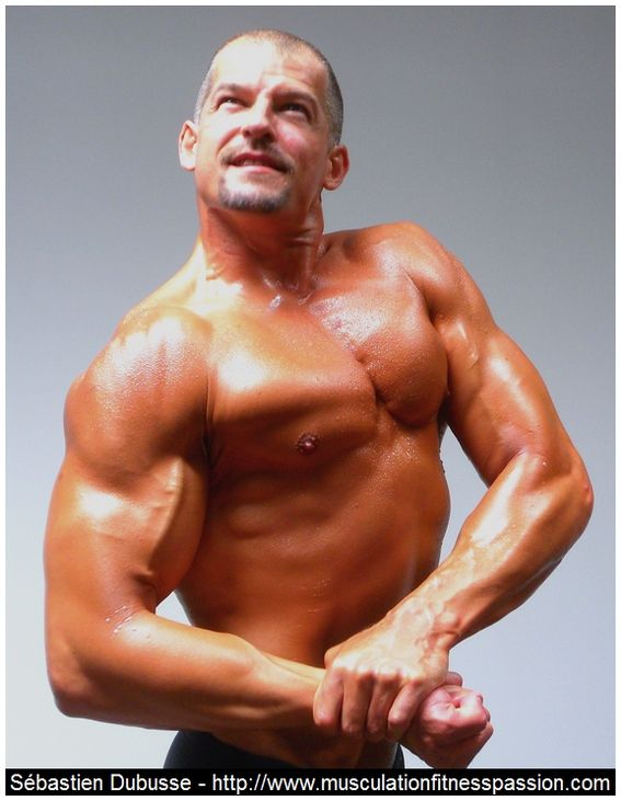 Renforcez vos épaules et redressez votre dos avec le mouvement d'Arlaud, Sébastien Dubusse, blog musculationfitnesspassion