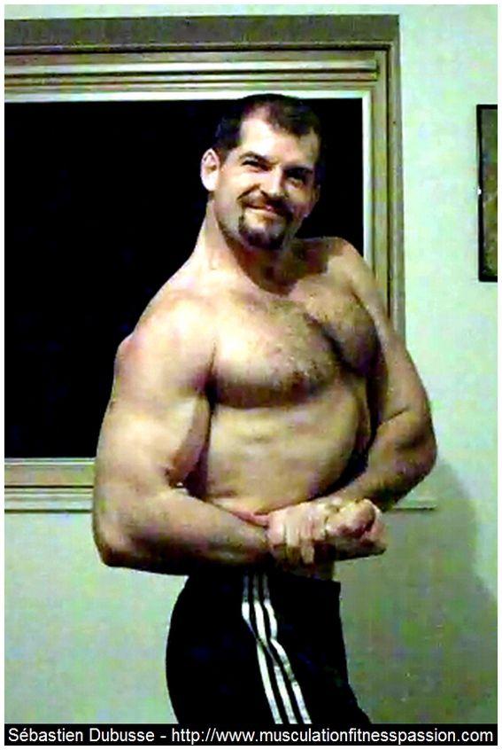 Les 5 meilleurs exercices au poids de corps pour prendre de la masse ... 6b8e36511b7