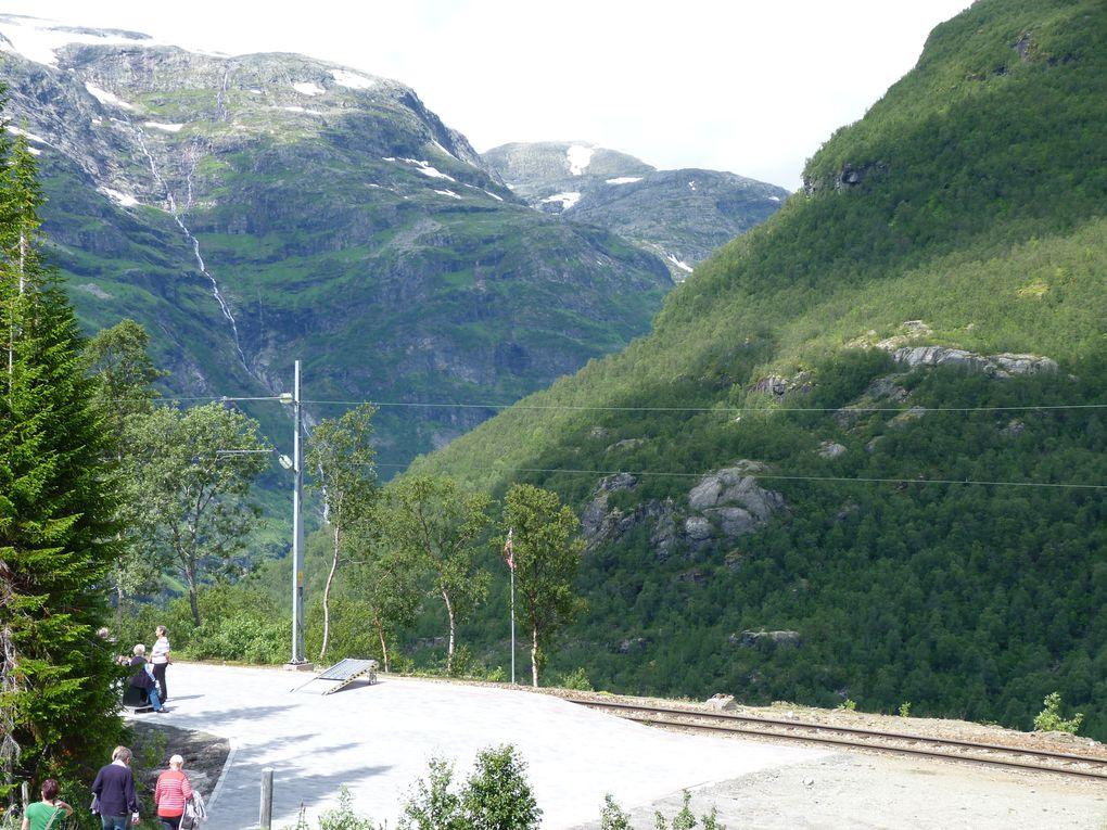 Kreuzfahrt Südnorwegen Teil 3 - Flam und die Flambahn