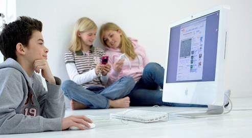 Plaidoyer pour une présence bienveillante : Nos enfants et leur(s) vie(s) numérique(s)