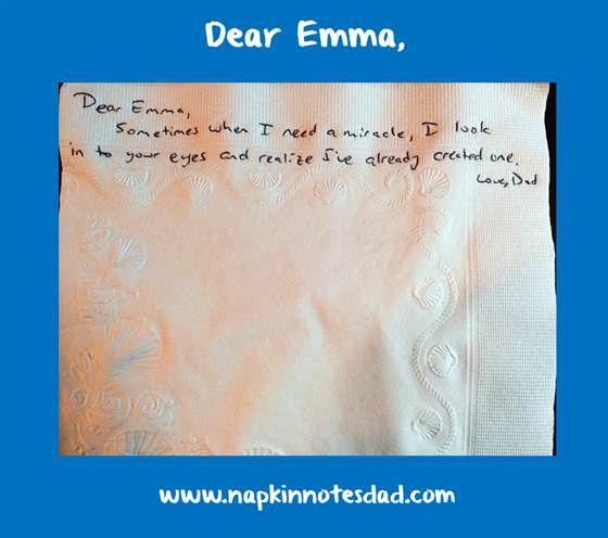 Atteint par un cancer, il laisse 826 notes de vie à sa fille sur des serviettes en papier... et sur Facebook