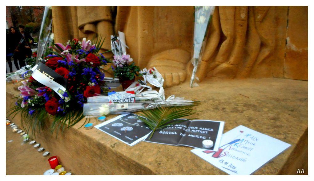 Metz victimes du terrorisme, une gerbe a été déposée au Monument aux morts