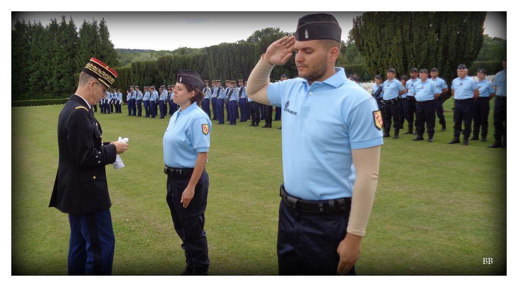 Gendarmerie Lorraine Cérémonie de clôture de la préparation militaire gendarmerieàlanécropolenationaledeDOUAUMONT(55)