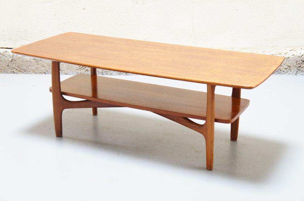 Vendu - Table basse scandinave vintage design danois teck années 50 60 de salon