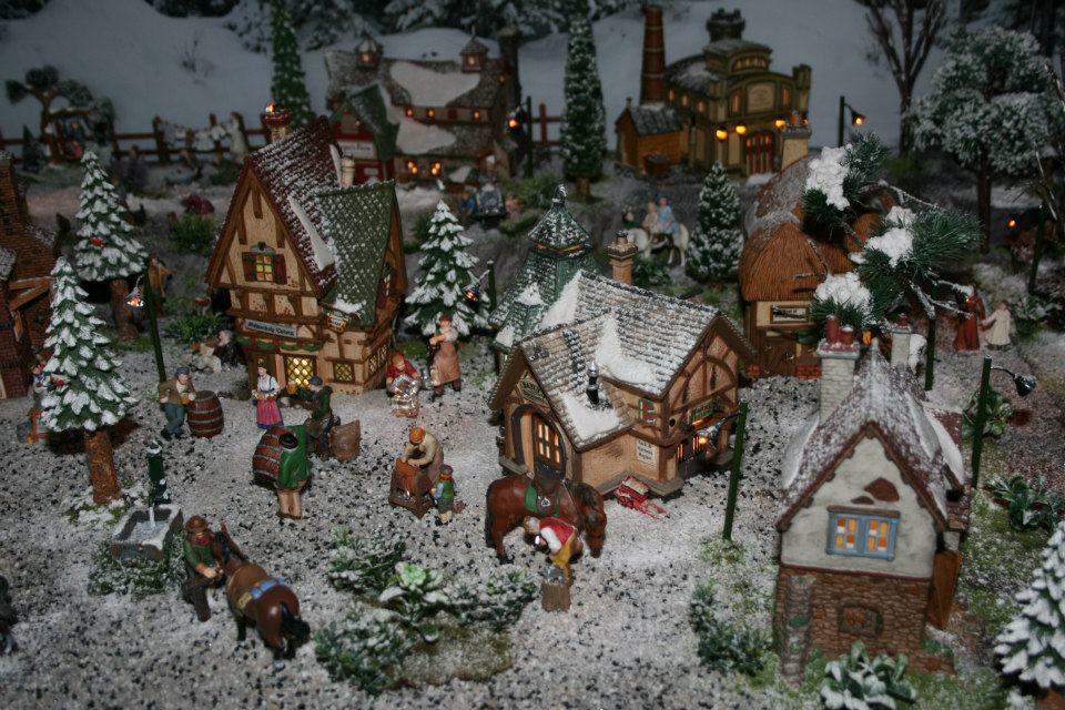 &quot&#x3B;Noël d'antan&quot&#x3B; - village 2012