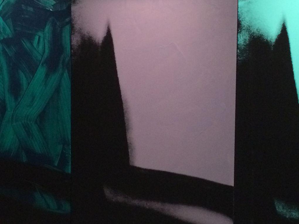 "1978 ""Shadows"" oeuvre en 102 parties"