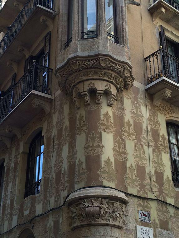 Ribera : Passeig del Born, Santa Maria del Mar, Mercat del Born