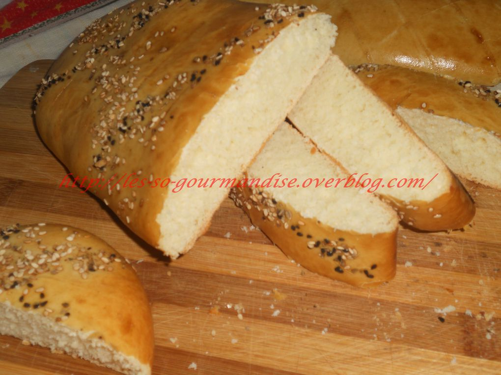 Khobz eddar ( pain maison à la farine)