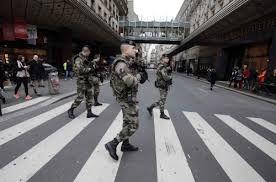10.000 soldats déployés dès mardi partout en France