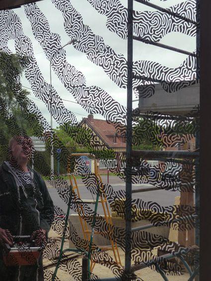Montage du mur rideau par l'entreprise MAP / mercredi 12 juin 2013