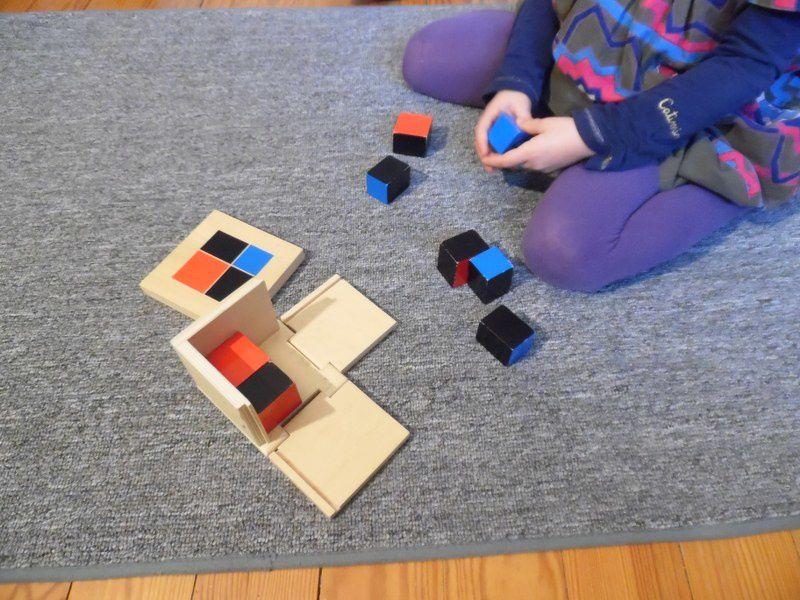 Le cube du binôme.
