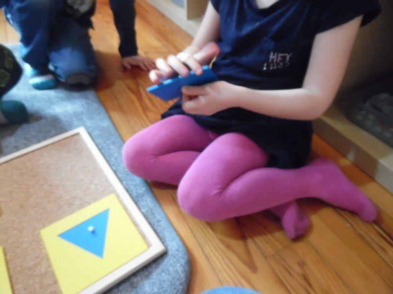 Présentation d'une nouvelle forme : le rectangle et leçon en trois temps.
