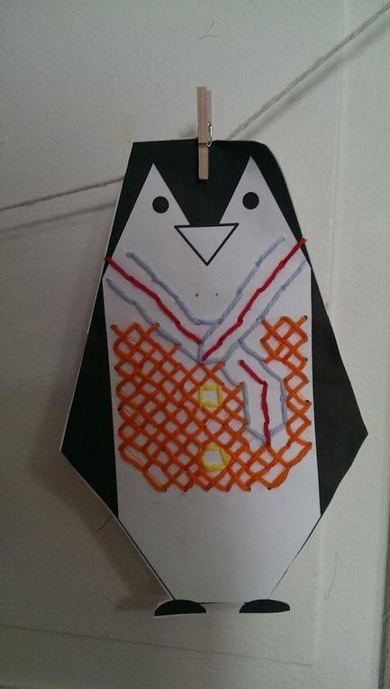 Création de pingouins avec leurs pulls en laine.