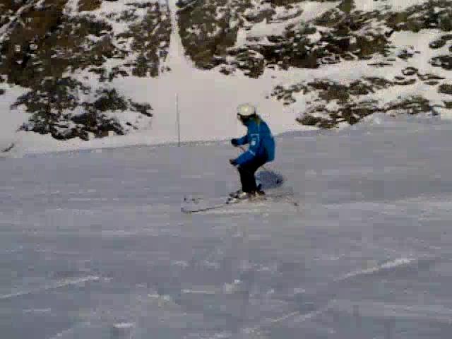 Le 3eme jour a Tignes (ski,parade de noël,le goûter et la luge )