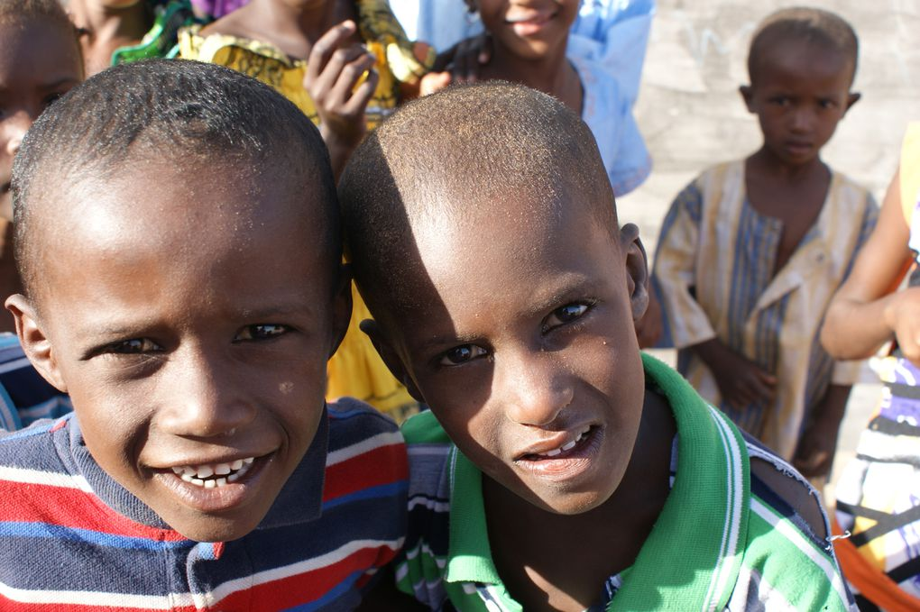 """"""" Si la vie est courte, un sourire ne prend qu'une seconde!"""" proverbe arabe"""