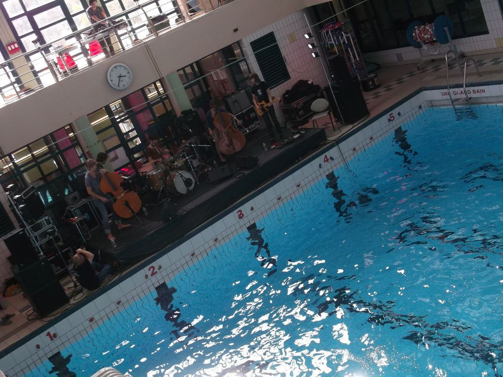 Wet Sounds par Cabaret Contemporain & Impulse Production (Photographies prises à la piscine du Luxembourg lors de NB6)