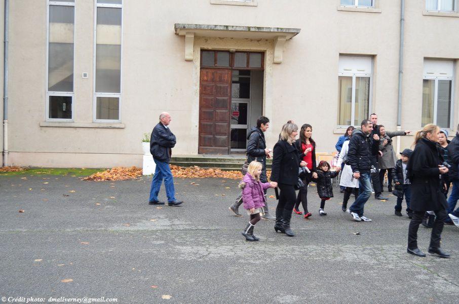Les familles durant la cérémonie