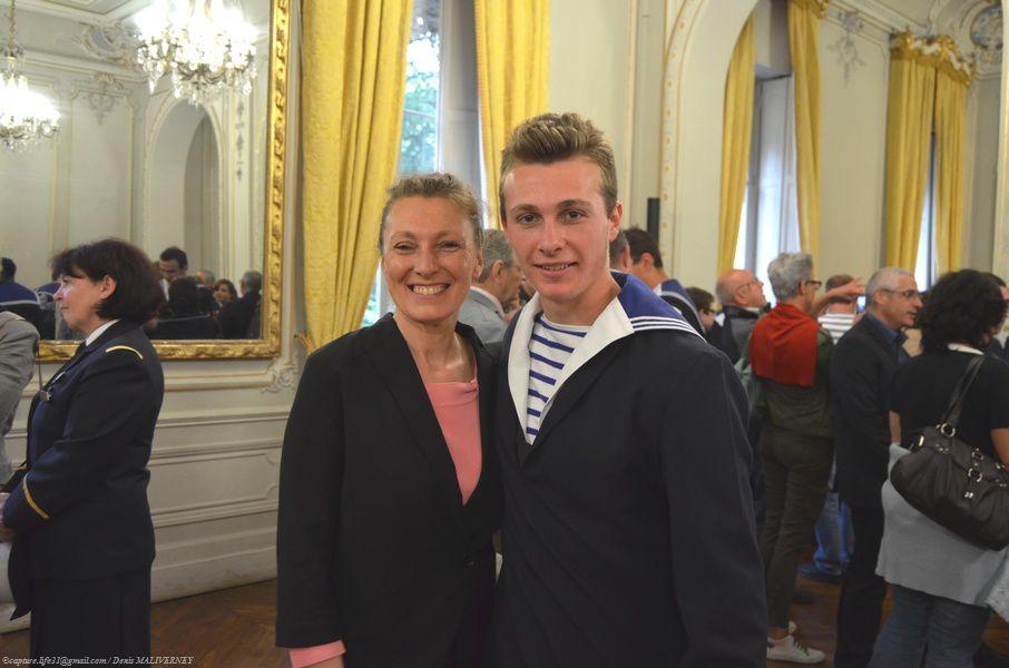 Le Major de promo avec sa maman...