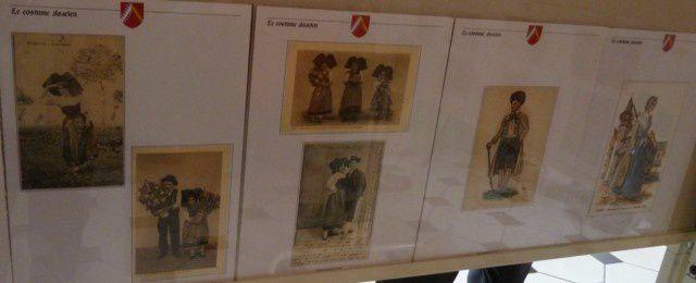 costumes et folklore d'Alsace en cartes postales