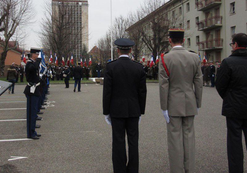 Cérémonie-Hommage,dépôts de gerbes, remerciements aux porte-drapeaux