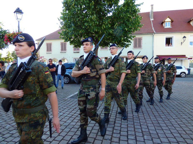 Mise en place de la cérémonie du 13 juillet 2017 à Neuf-Brisach