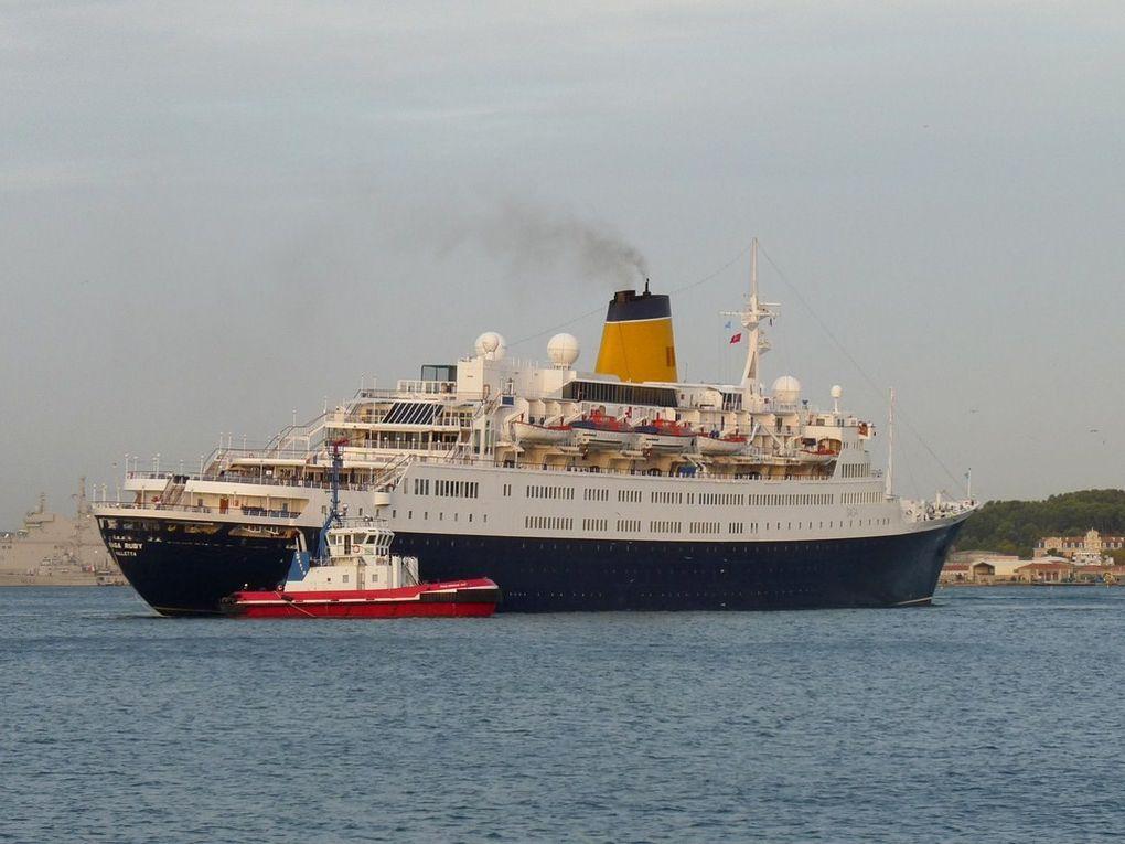 Le SAGA RUBY  arrivant dans le port de Toulon , le 18 octobre 2012