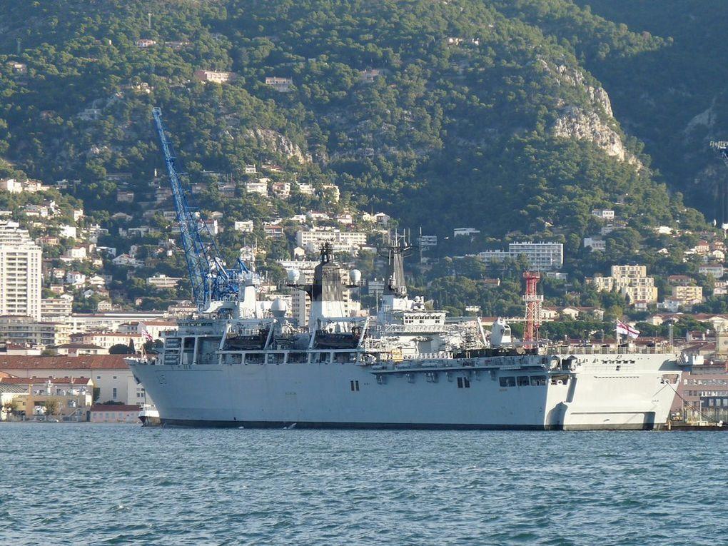 BULWARK  L15 , Batiment amphibie de la marine anglaise