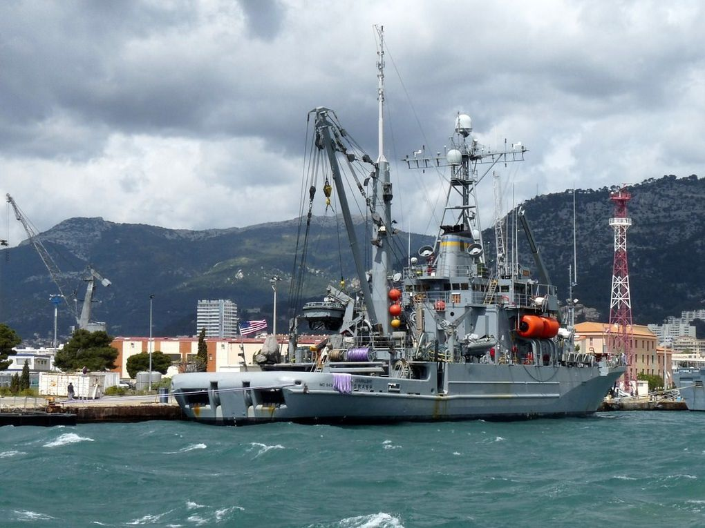 GRASP , Navire auxilliaire , recherche ,sauvetage et transport de la marine américaine