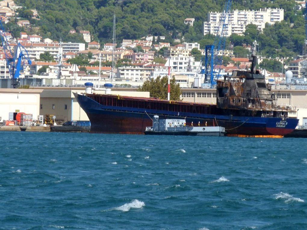 LUNA . S , apres arraisonnement par la marine et convoyer jusqu'a  Toulon (Traffic illicite)