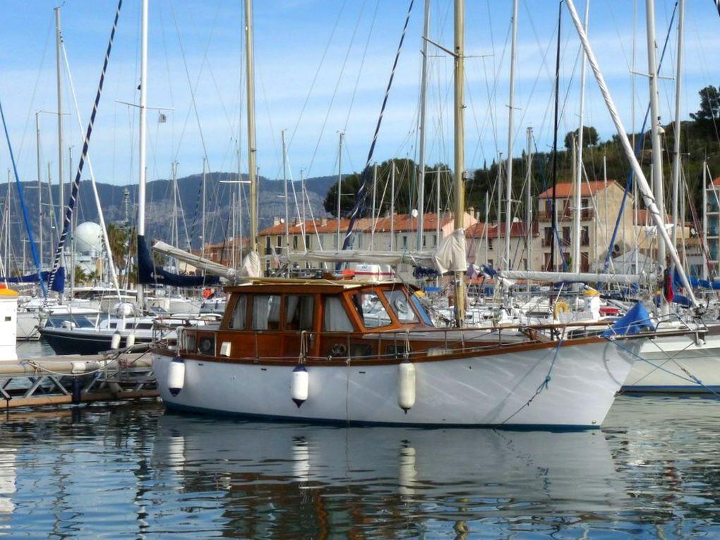 ALIZE , dans le port de Saint Mandrier