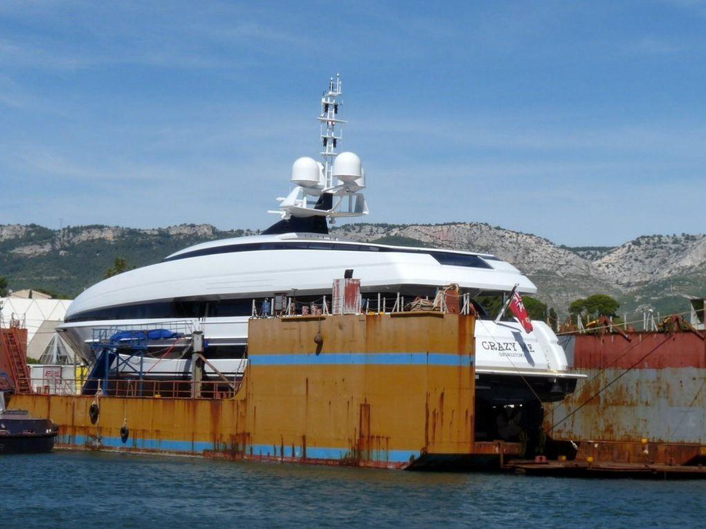 CRAZY ME , sur le dock Foselev Marine à la Seyne sur Mer