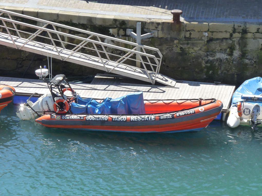 GUETARIA  II , zodiac de la sécurité espagnole dans le port de San Sébastien , Espagne