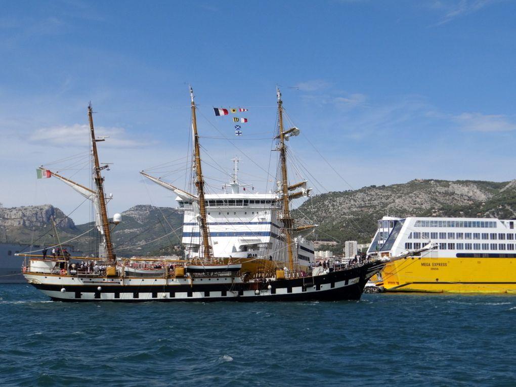 PALINURO  A5311 , voilier école de la marine italienne