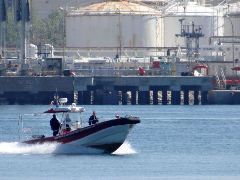 MATELOT  RICCIO , zodiac des marins pompiers de Marseille à Port de Bouc