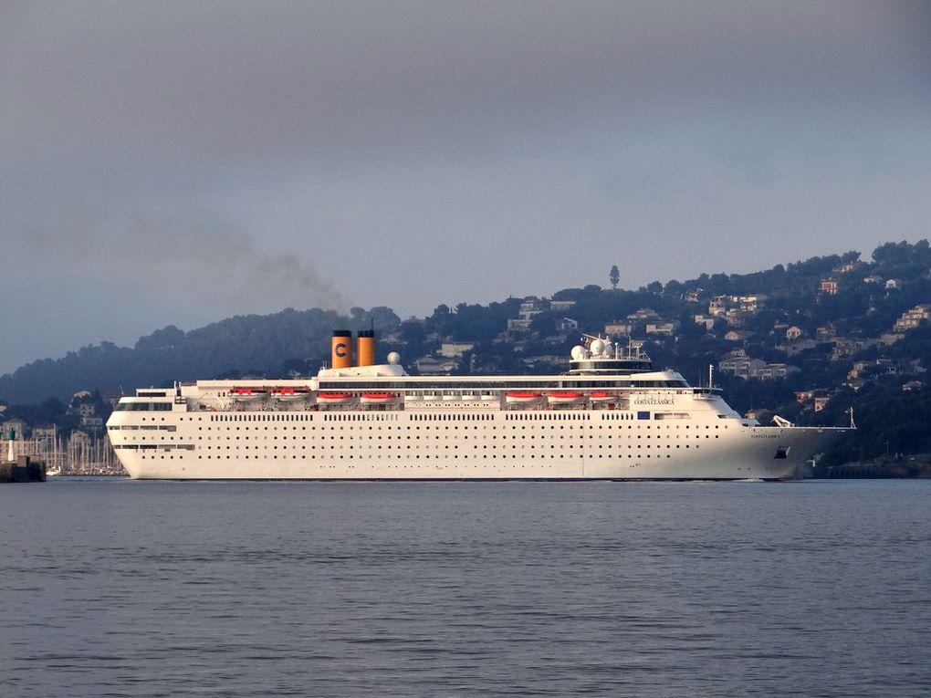 COSTA  néo  CLASSICA ,arrivant à Toulon et se dirigeant vers le mole d'armement à la Seyne sur Mer le 09 juin 2016