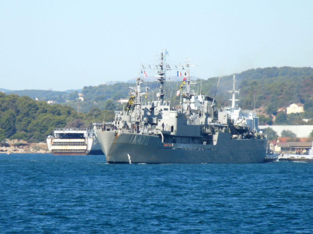 ALIAKMONOS  III , A470 , navire de soutien et de ravitaillement de la marine grec , appareillant de Toulon le 03 octobre 2016