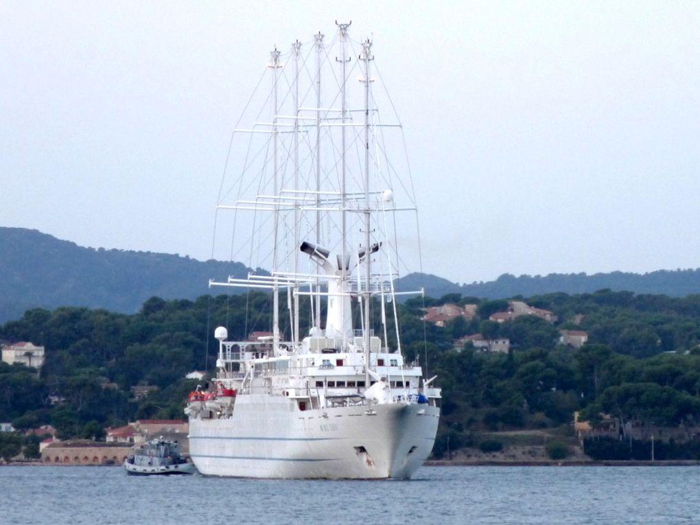 WIND  SURF , arrivant à Toulon le 24 octobre 2016