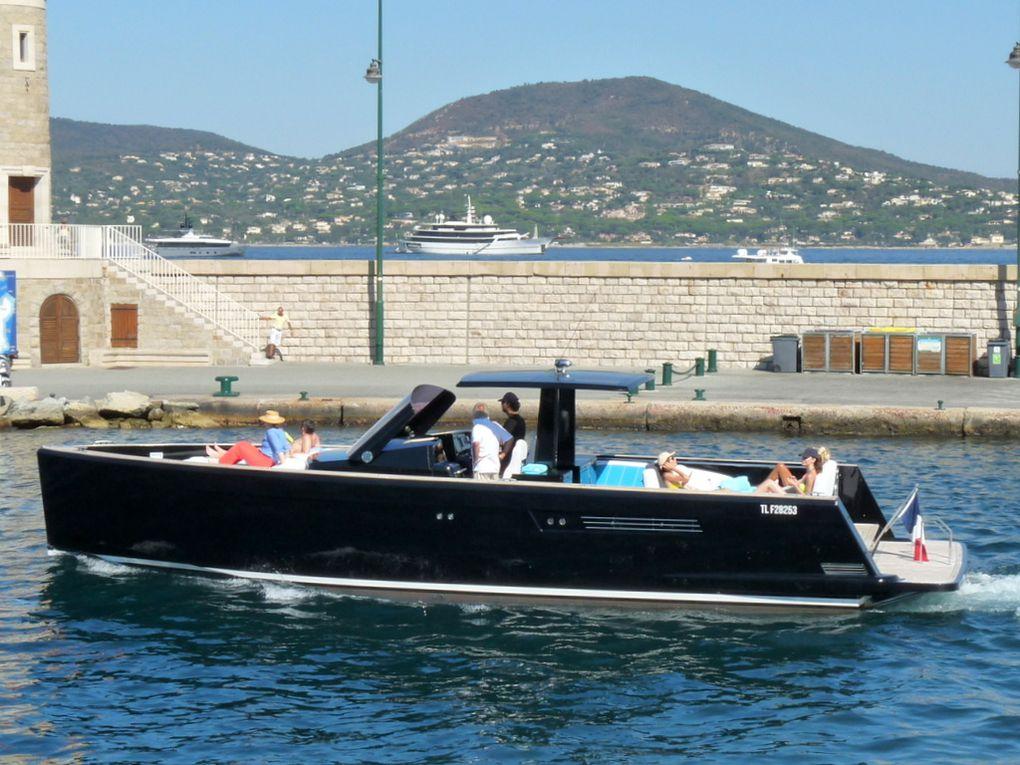 PIANISSIMO , sortant du port de Saint Tropez le 25 aout 2016