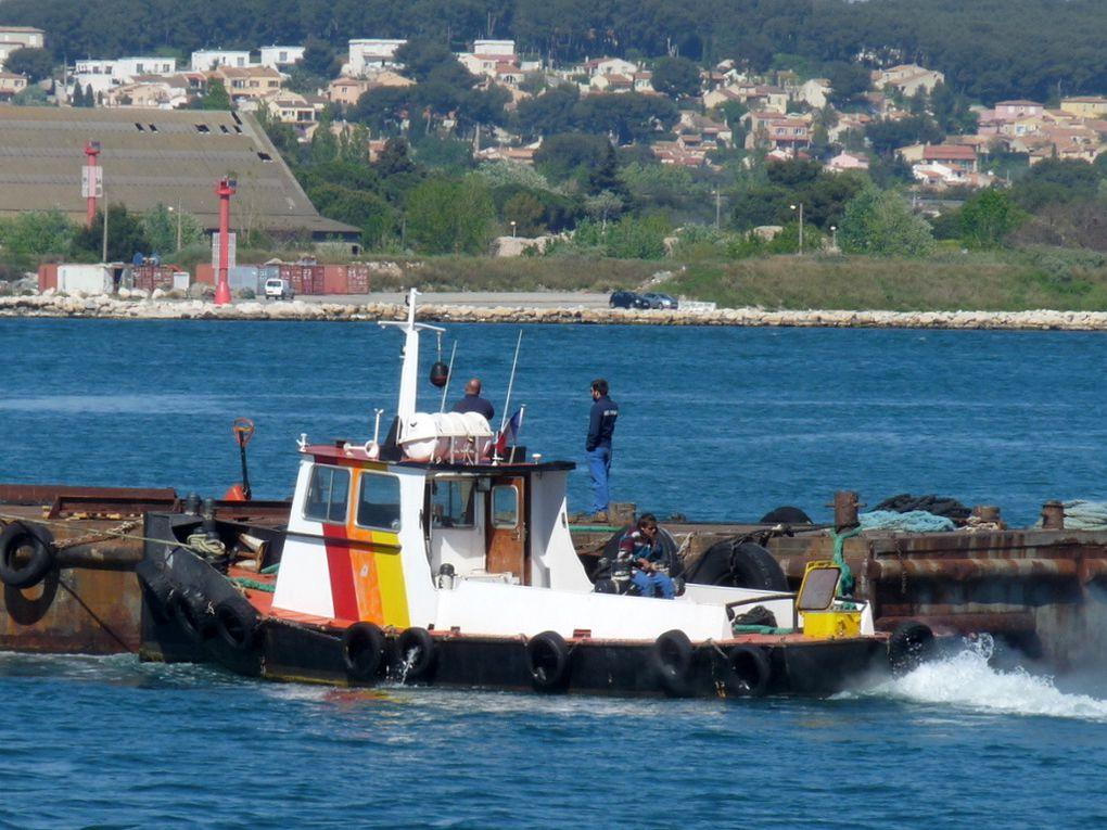 AQUILON , en rade de Port de Bouc et dans le golfe de Fos sur Mer le 21 avril 2015