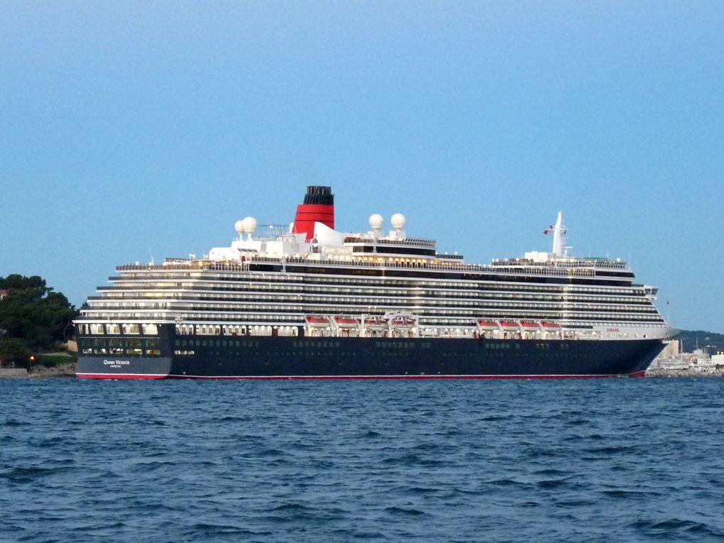 QUEEN VICTORIA ,  arrivant et a quai à La Seyne sur Mer le 08 novembre 2016